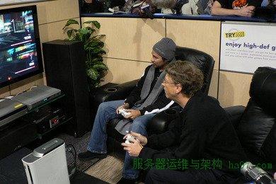 盖茨在XBox 360发布会上现场玩  谋万世全局者
