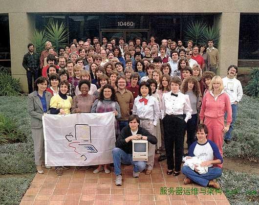 1983年12月,Macintosh团队全家福  谋万世全局者