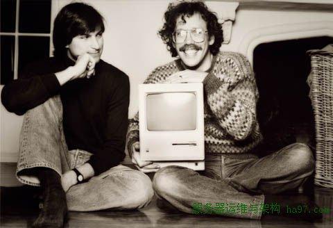1984年1月,乔布斯和比尔·阿特金森的合影 谋万世全局者