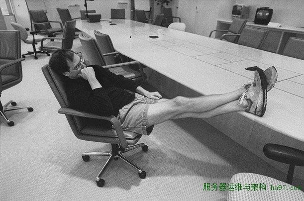 乔布斯在会议室  谋万世全局者