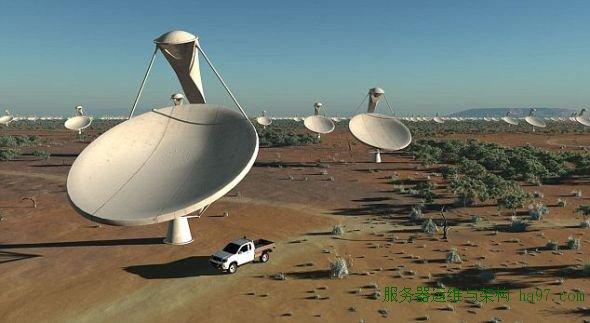 平方公里阵列的碟形天线拥有不可思议的灵敏度,能够发现距地球50光年的一颗行星上的机场雷达